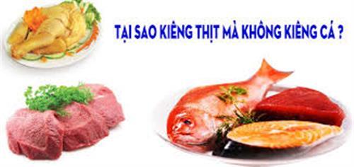 Tại sao kiêng thịt lại không khiêng cá?