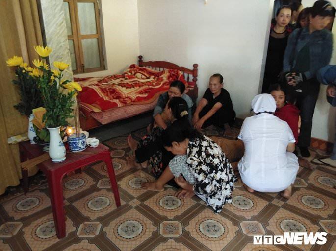 cau nguyen cho 13 nguoi qua doi noi nu cuoi hoa nuoc mat dau thuong 838 7 - Cầu nguyện cho 13 người qua đời: Nơi nụ cười hoá nước mắt đau thương