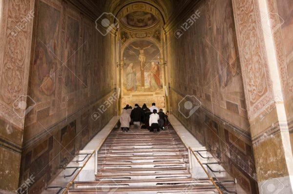 Cầu Thang Thánh mà Chúa Giêsu đã từng bước lên sắp được trùng tu 2