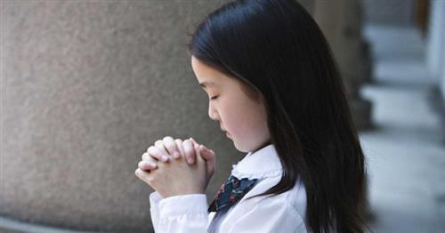 nguoi cong giao cau nguyen nhu the nao - Người Công Giáo cầu nguyện như thế nào?
