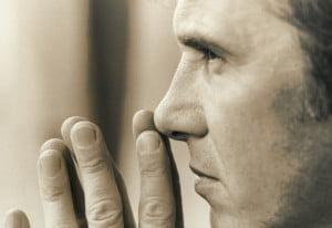 Con người trong cuộc vật lộn không ngừng nghỉ vì căn tính
