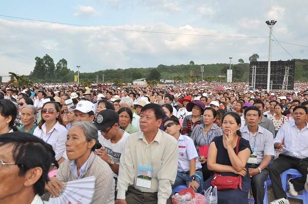 """82 - Xuân Lộc Cử Hành """" Ngày Giáo Phận"""" và Thánh Lễ Bế Mạc Năm Thánh Các Thánh Tử Đạo Việt Nam tại Trung Tâm Đức Mẹ Núi Cúi"""