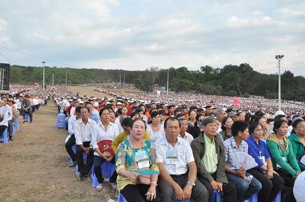 """83 - Xuân Lộc Cử Hành """" Ngày Giáo Phận"""" và Thánh Lễ Bế Mạc Năm Thánh Các Thánh Tử Đạo Việt Nam tại Trung Tâm Đức Mẹ Núi Cúi"""