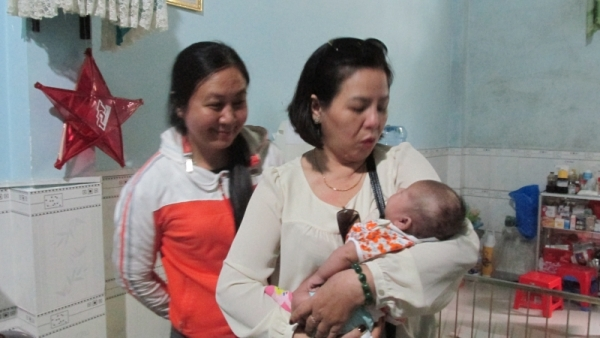 IMG 0217 1 - Giáo xứ Tân Phú: Nhóm Tự nguyện thăm mái ấm Tín Thác