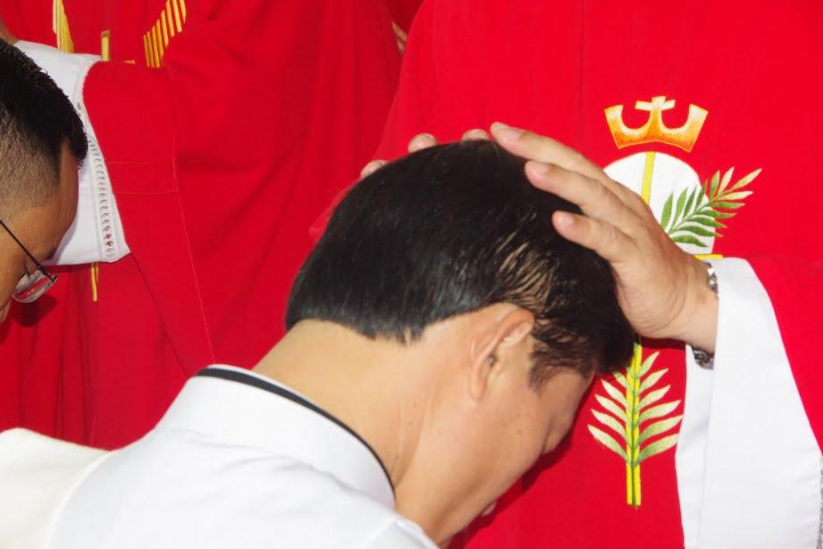 Vinh 08 - GP.VINH: Thánh lễ truyền chức Linh mục và Bế mạc Năm Thánh mừng kính các Thánh Tử đạo Việt Nam