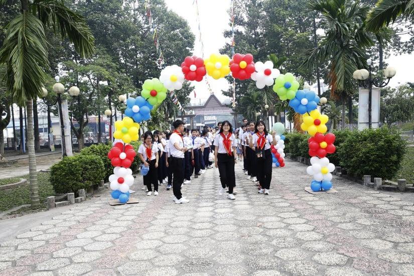 XuanLoc HuynhTruong 02 - Họp mặt và mừng bổn mạng Giáo lý viên - GP Xuân Lộc