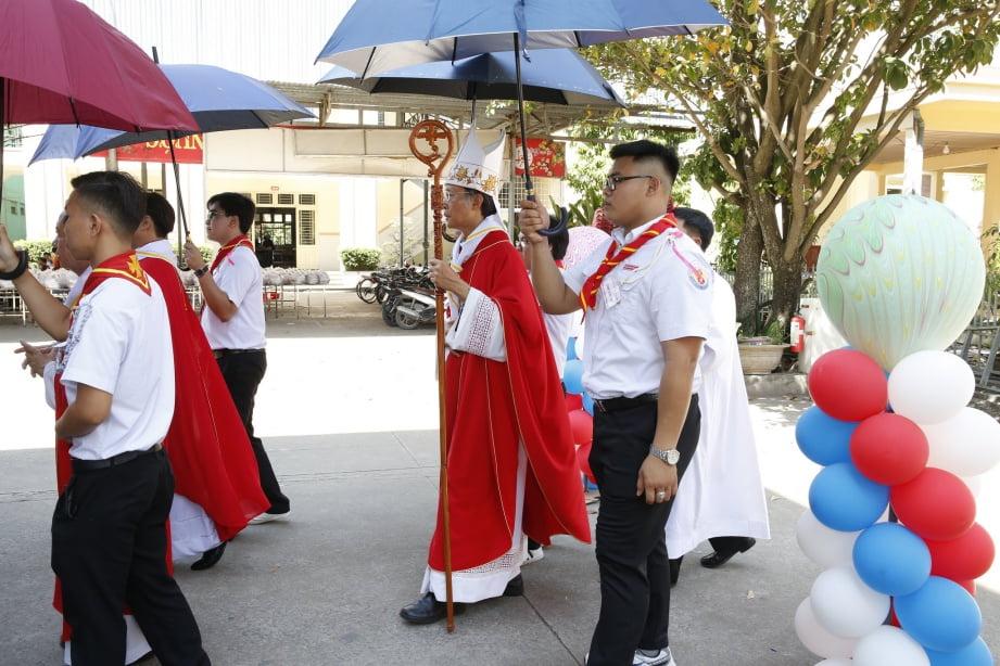 XuanLoc HuynhTruong 05 - Họp mặt và mừng bổn mạng Giáo lý viên - GP Xuân Lộc
