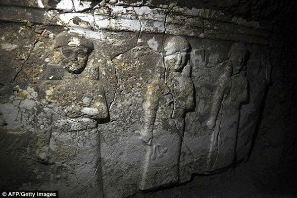 bi an duoi mo tien tri giona 6 600x400 - Bí ẩn dưới mộ tiên tri Giôna