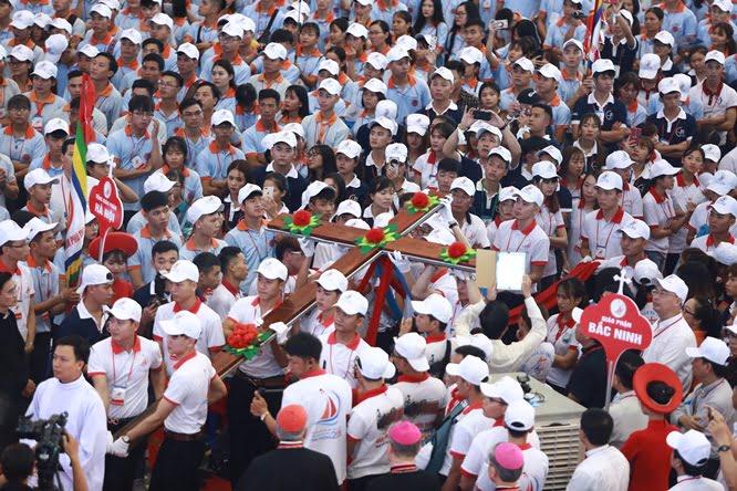 dq2a0262 - Đại hội Giới trẻ giáo tỉnh Miền Bắc lần thứ XVI: Nghi thức khai mạc