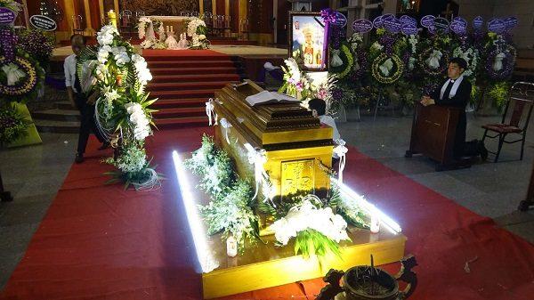 Đức cha Phanxicô Xaviê Nguyễn Văn Sang được an táng tại Nhà thờ Chánh tòa Thái Bình