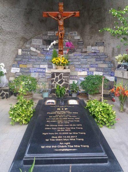 Nơi yên nghỉ của Đức cha Phaolô Nguyễn Văn Hòa