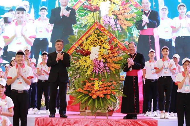 hdv 8596 - Đại hội Giới trẻ giáo tỉnh Miền Bắc lần thứ XVI: Nghi thức khai mạc