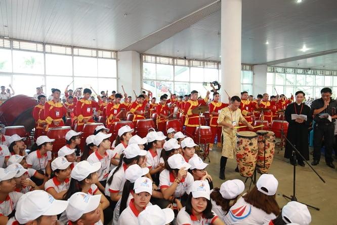 sphi5184 - Đại hội Giới trẻ giáo tỉnh Miền Bắc lần thứ XVI: Nghi thức khai mạc