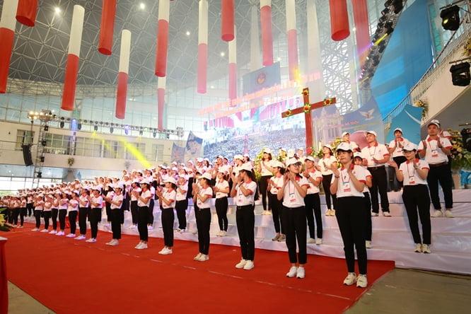 sphi5190 - Đại hội Giới trẻ giáo tỉnh Miền Bắc lần thứ XVI: Nghi thức khai mạc