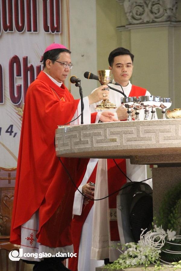 thanh le be mac nam thanh kinh cac thanh tdvn tai nha tho duc ba sai gon 5 - Thánh lễ bế mạc Năm thánh kính Các Thánh TĐVN tại nhà thờ Đức Bà Sài Gòn
