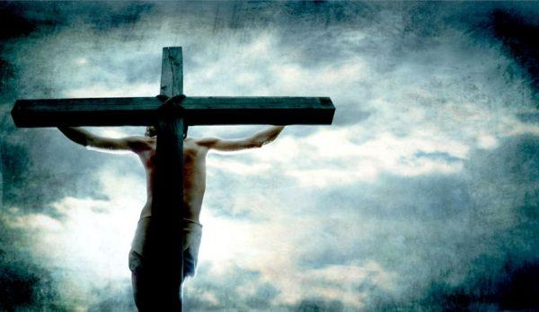 chua co doi hoi con nguoi phai xa tranh toi de duoc cuu roi khong 600x347 - Chúa có đòi hỏi con người phải xa tránh tội để được cứu rỗi không?