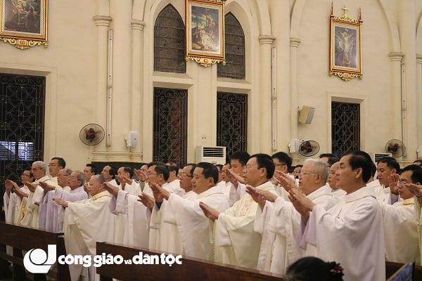 Đức tổng Giuse Vũ Văn Thiên dâng lễ tạ ơn kết thúc sứ vụ chủ chăn Giáo phận Hải Phòng 10