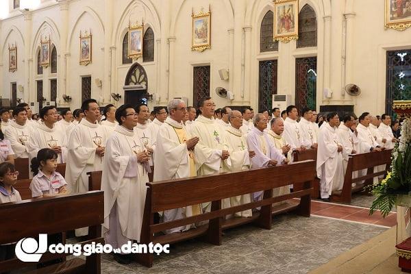 Đức tổng Giuse Vũ Văn Thiên dâng lễ tạ ơn kết thúc sứ vụ chủ chăn Giáo phận Hải Phòng 4
