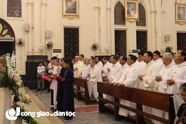 Đức tổng Giuse Vũ Văn Thiên dâng lễ tạ ơn kết thúc sứ vụ chủ chăn Giáo phận Hải Phòng 8