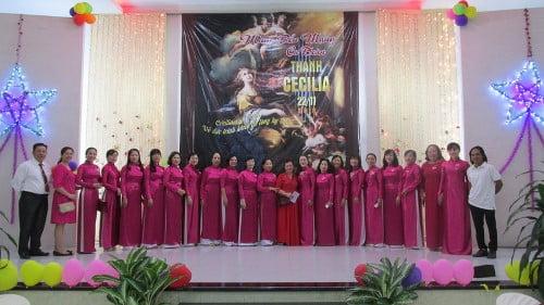 Giáo Xứ Tân Phú: Ca Đoàn Cecilia Mừng Lễ Bổn Mạng