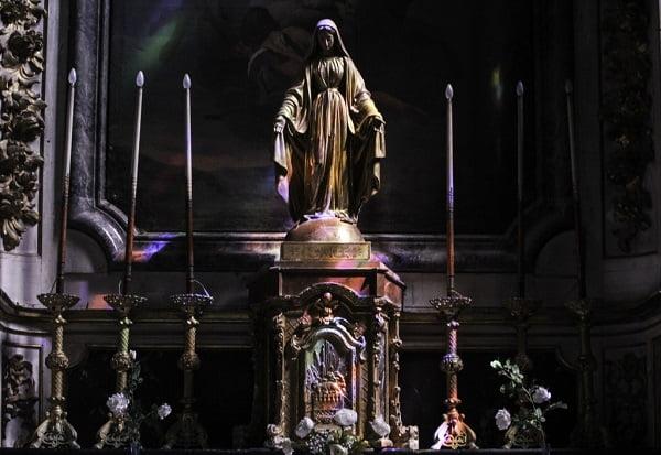 nhung buc tuong duc me dep tuyet my 2 - Những bức tượng Đức Mẹ đẹp tuyệt mỹ