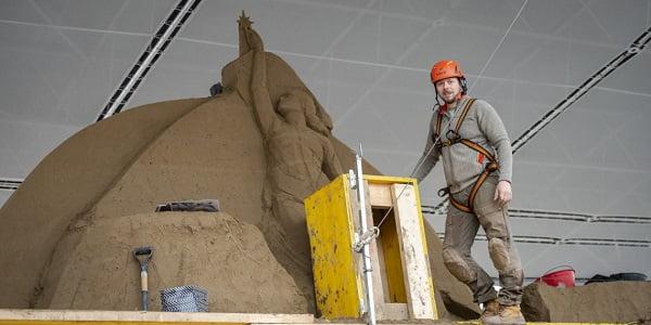 nhung chuan bi cuoi cho hang da cat cua vatican 6 - Những chuẩn bị cuối cho hang đá cát của Vatican