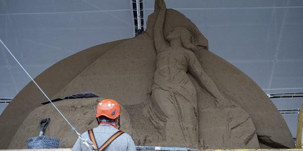 nhung chuan bi cuoi cho hang da cat cua vatican 9 - Những chuẩn bị cuối cho hang đá cát của Vatican