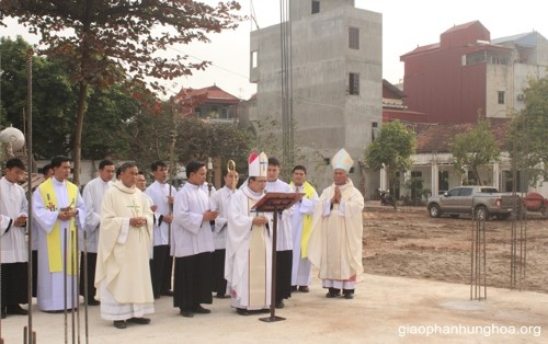 Thánh Lễ Khởi Công Xây Dựng Tòa Giám Mục Giáo Phận Hưng Hóa