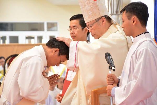 Thánh Lễ truyền chức Linh Mục – Dòng Tên Việt Nam 03.12.2018 7
