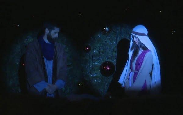 Thắp sáng cây thông Giáng Sinh ở Bêlem 2