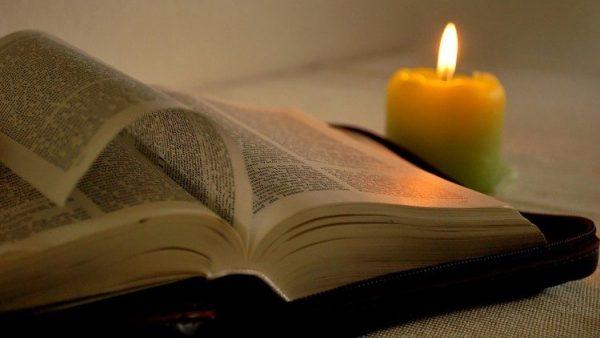kinh thanh co the doc trong 692 ngon ngu 600x338 - Kinh thánh có thể đọc trong 692 ngôn ngữ