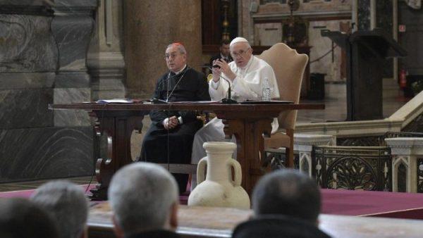 dtc gap go cac linh muc roma dau mua chay e1552093132663 - ĐTC gặp gỡ các linh mục Roma đầu mùa chay