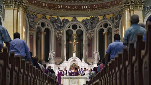 Kitô Hữu sống đạo từ trong Thánh Lễ