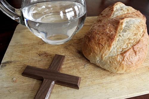 noi them ve an chay kieng thit - Thứ 6 Tuần Thánh: Ăn chay và kiêng thịt 19/04/2019