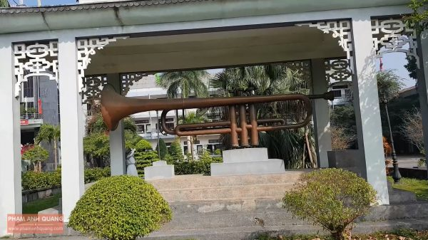 1grqb9w 600x337 - Nhà thờ Bùi Chu – Nhà thờ nổi tiếng bậc nhất ở Nam Định