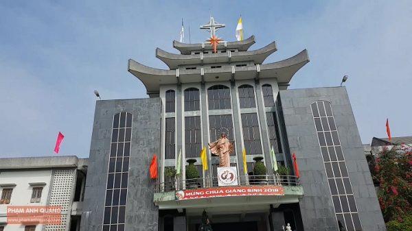 cqmv80e 600x337 - Nhà thờ Bùi Chu – Nhà thờ nổi tiếng bậc nhất ở Nam Định