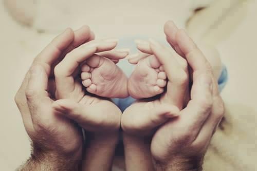 gia dinh1 - Vai Trò Của Cha Mẹ Trong Việc Giáo Dục Đức Tin Trong Gia Đình Kitô Giáo