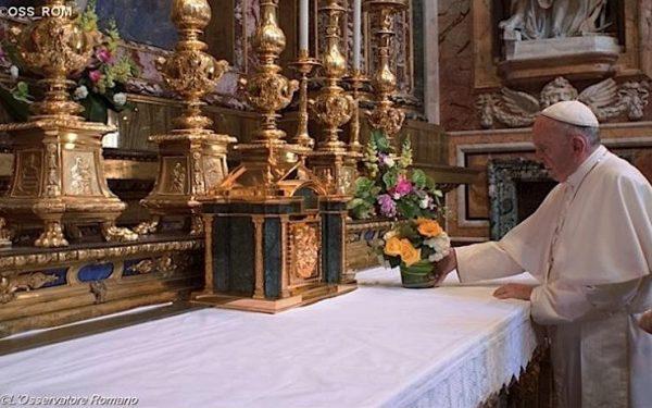 panama 600x375 - Từ Panama trở về Đức Thánh Cha ghé vào tạ ơn Đức Mẹ tại Vương Cung Thánh Đường Đức Bà Cả