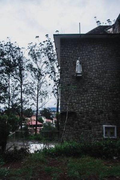 tu vien bo hoang dep nhu o chau au giua long da lat ivivu 5 400x600 - Tu viện bỏ hoang đẹp như ở châu Âu giữa lòng Đà Lạt