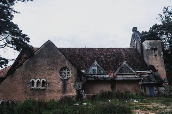 tu vien bo hoang dep nhu o chau au giua long da lat ivivu 9 600x400 - Tu viện bỏ hoang đẹp như ở châu Âu giữa lòng Đà Lạt