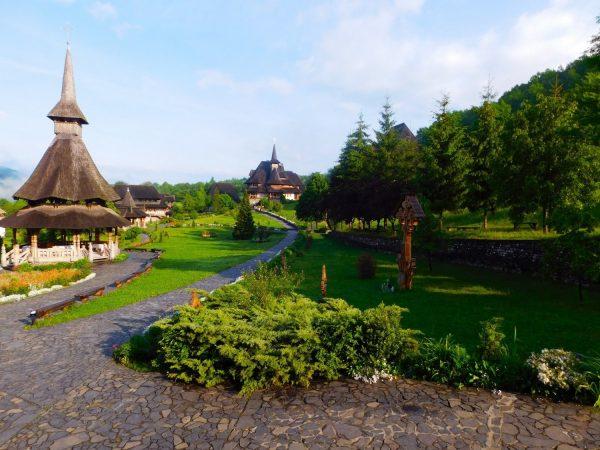 tu vien roma 600x450 - 5 tu viện đẹp nhất thế giới