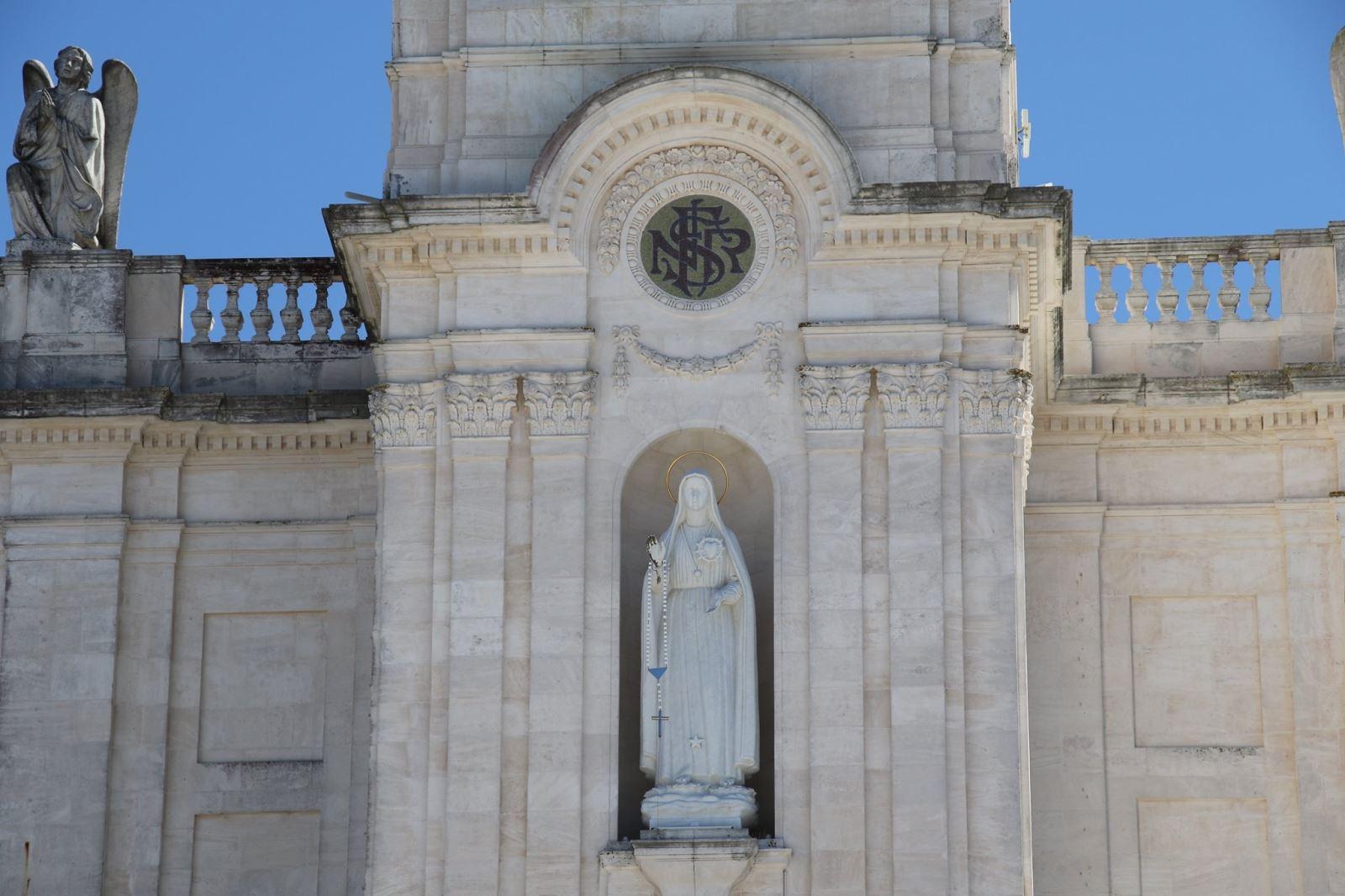 011 - Đại lễ Đức Mẹ Hồn Xác Lên Trời tại Fatima, Bồ Đào Nha
