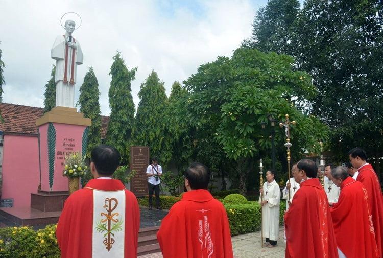 1 750x505 - Lễ giỗ 160 năm Thánh Phêrô Ðoàn Công Quí