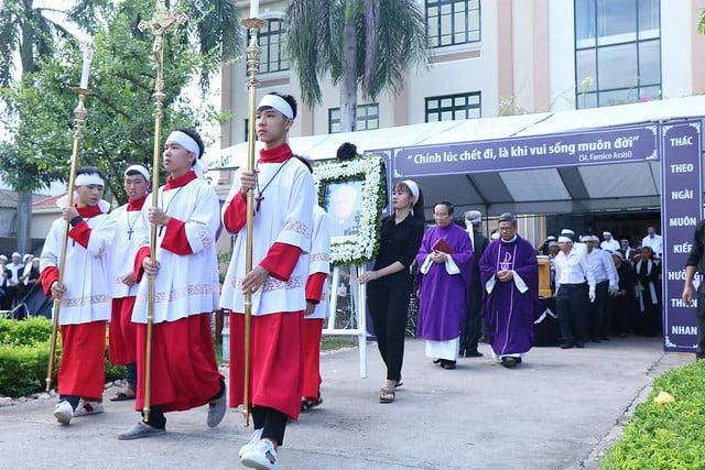 15956 cha khanh 1 - Thánh lễ an táng linh mục Phanxicô Xaviê Nguyễn Quốc Khánh