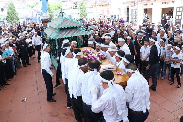 15956 cha khanh 11 - Thánh lễ an táng linh mục Phanxicô Xaviê Nguyễn Quốc Khánh
