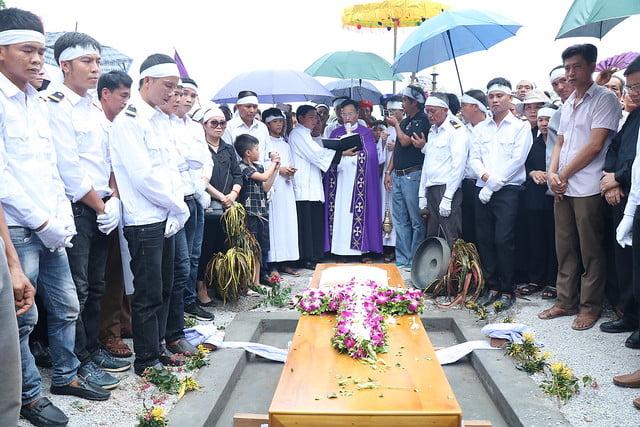 15956 cha khanh 12 - Thánh lễ an táng linh mục Phanxicô Xaviê Nguyễn Quốc Khánh