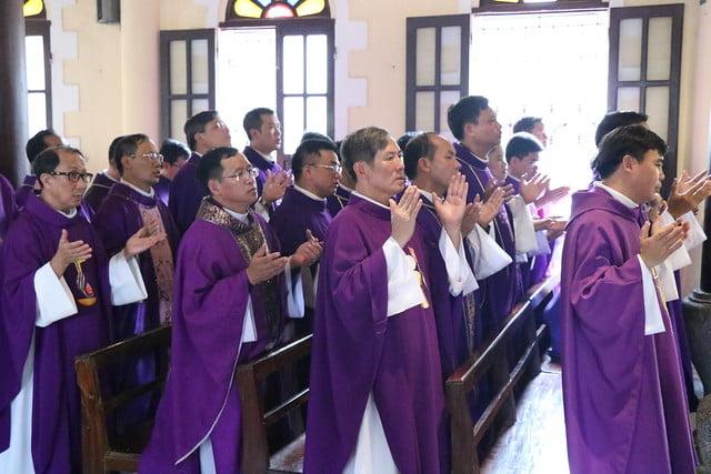 15956 cha khanh 7 - Thánh lễ an táng linh mục Phanxicô Xaviê Nguyễn Quốc Khánh
