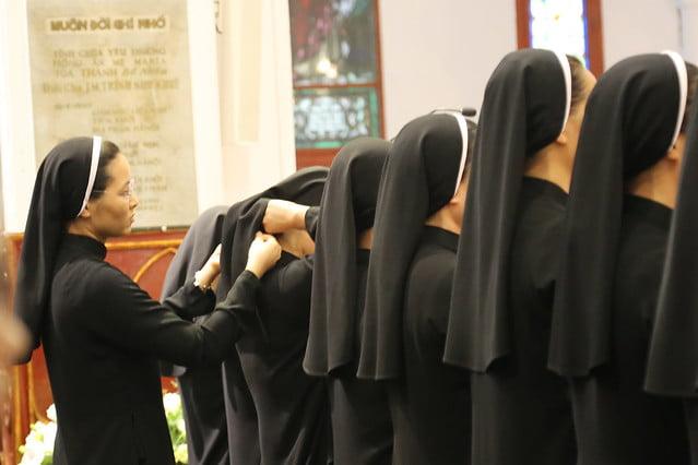 15971 khan dong mtg 10 - 39 nữ tu tuyên khấn trong Dòng Mến Thánh Giá Hà Nội: Một lần đoan hứa
