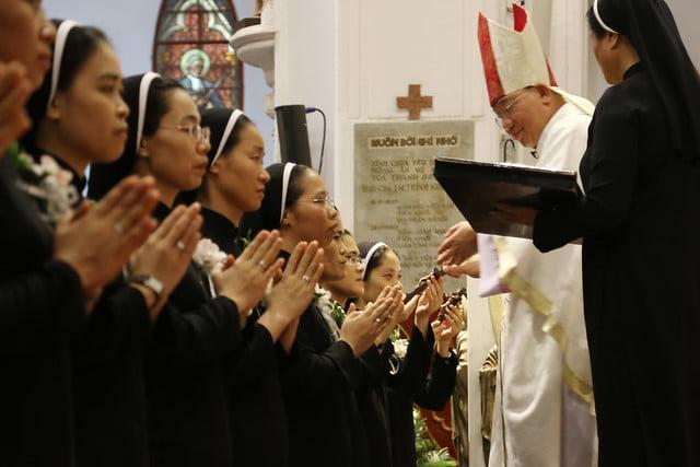 15971 khan dong mtg 16 - 39 nữ tu tuyên khấn trong Dòng Mến Thánh Giá Hà Nội: Một lần đoan hứa