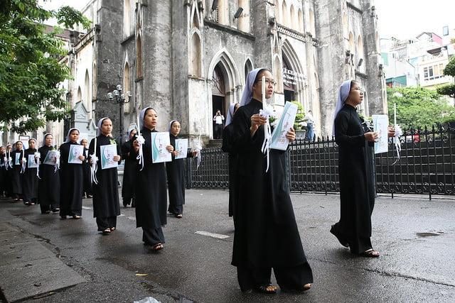 15971 khan dong mtg 2 - 39 nữ tu tuyên khấn trong Dòng Mến Thánh Giá Hà Nội: Một lần đoan hứa